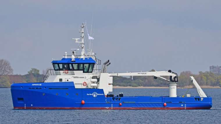 In cooperation with Maritiem Elektro Zeeland, E-LED Lighting has been the supplier for the complete lighting package on board of the Damen's UV3911.